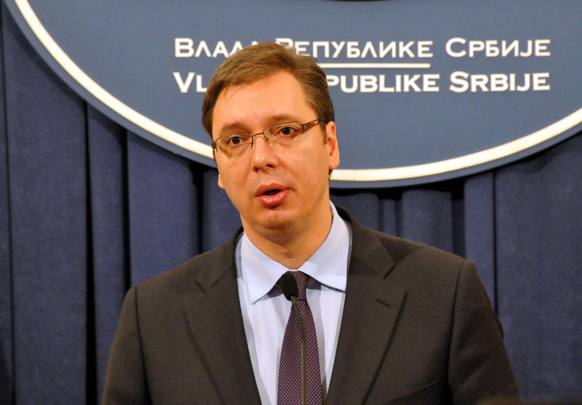 vucic kryeminister serb