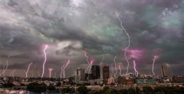 Stuhi e rrufe në Europë, 1 i vdekur disa të plagosur