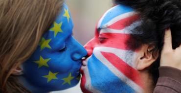 Çerek milion britanikë po kërkojnë një referendum të dytë