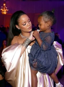 rihanna-and-majesty-diamond-ball--1449918087-view-3