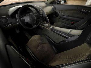 Ky-Lamborghini-Reventon-do-te-humbe-ne-ankand-33-per-qind-te-vleters-foto-4