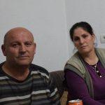 Isa-Rexha-dhe-bashkëshortja-e-tij-ne-apartamentin-e-tyre-në-qendër-të-Krumës