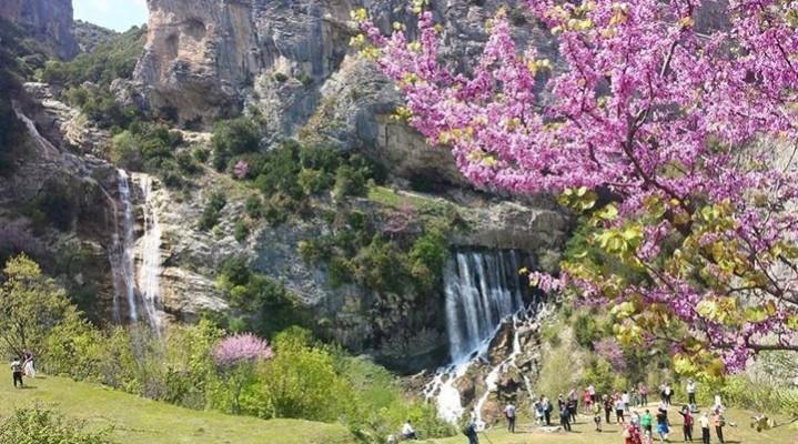 Ujevara_e_sotires_gramsh_visit_albania_bukuria_shqiptare_ecaty_com-2z04xu4j8uw5epmb2j33m2