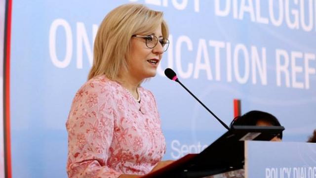 Asfikësimi i nxënësve, Nikolla i përgjigjet flakë për flakë Bashës, por s'ka asnjë fjalë për prindërit e Bulqizës