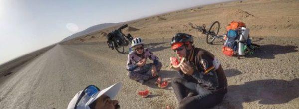 Tifozi i çmendur, 4200 km me biçikletë për të takuar Messin