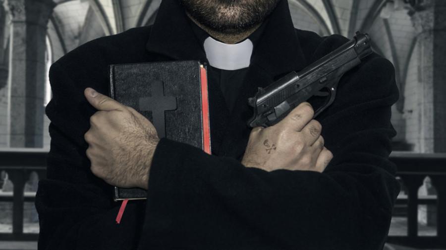 250 priftërinj kërkojnë armë zjarri!