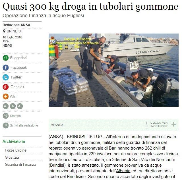Kapet një gomone me 300 kg drogë në Itali, mediat vendase shkruajnë se vinte nga Shqipëria