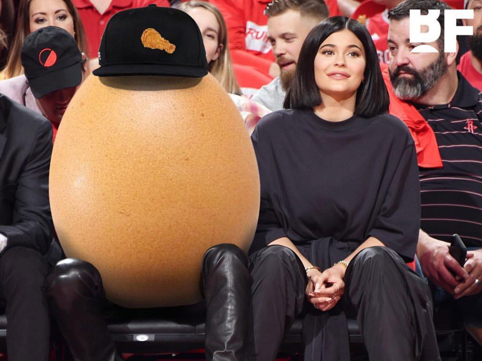 Fotografoi vezën që theu çdo rekord të rrjeteve sociale  Jam i shokuar