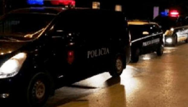 Të shtëna në Tiranë  dyshohet për viktima