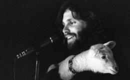 Jim Morrison gjatë koncertit të 1 marsit 1969.