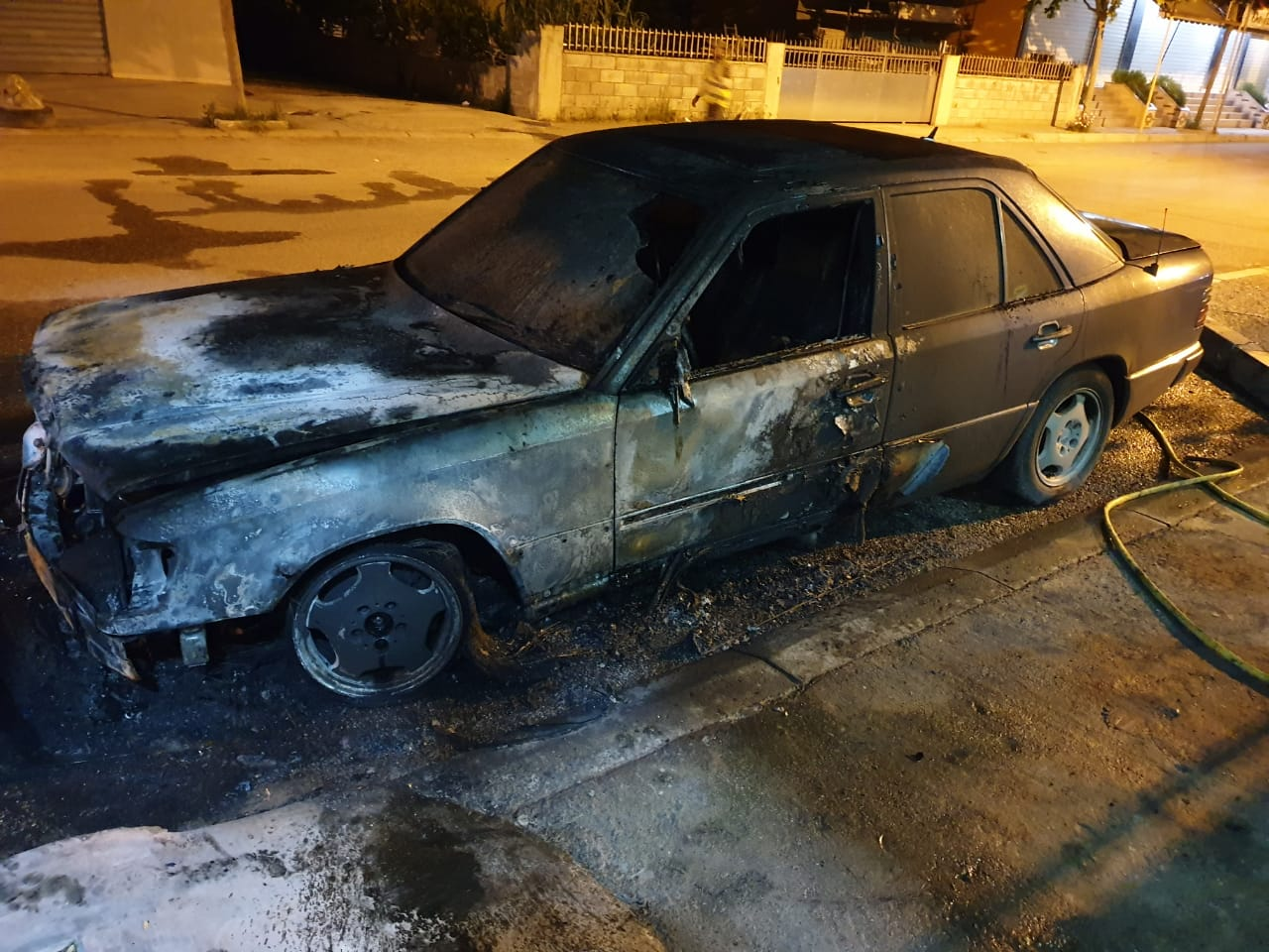 Shkrumbohet automjeti në Durrës