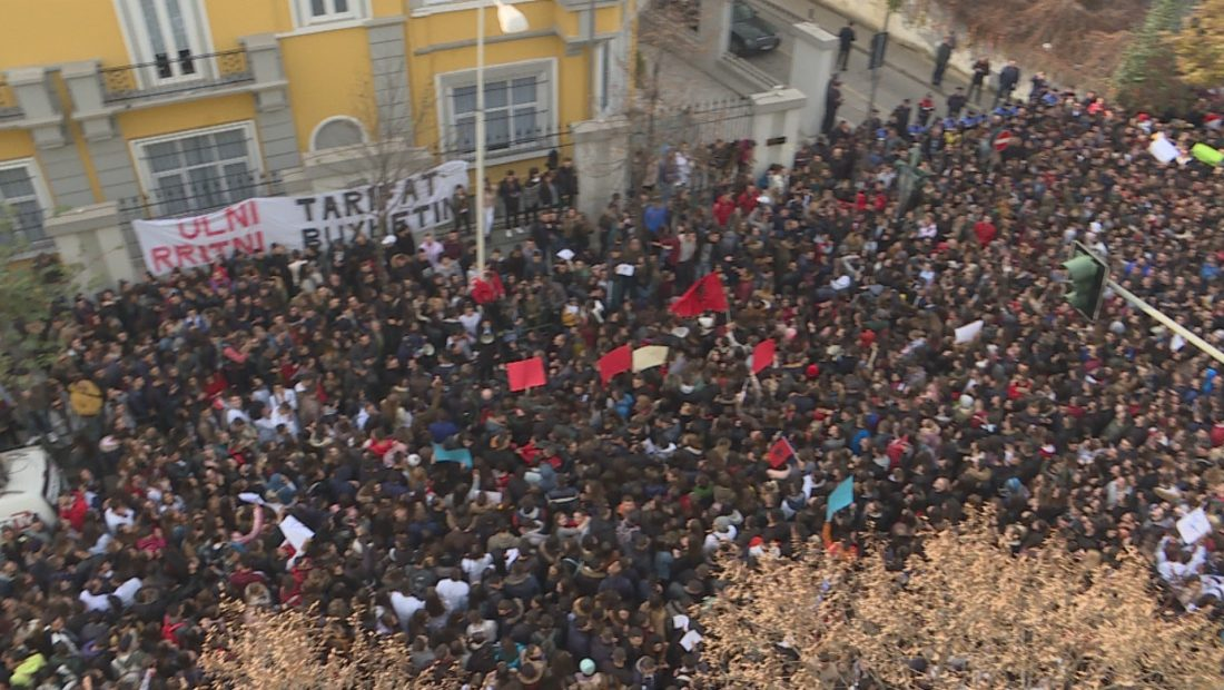 Studentët sot në protestë  14 kërkesa për ministren