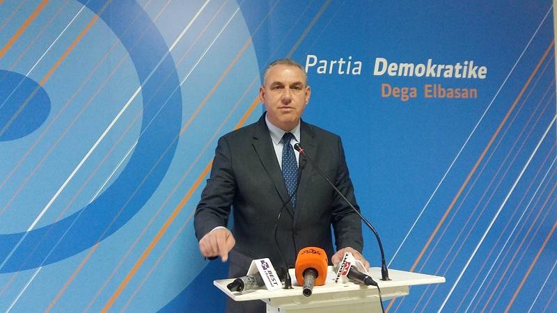 Shoqërohet në polici Aurel Bylykbashi