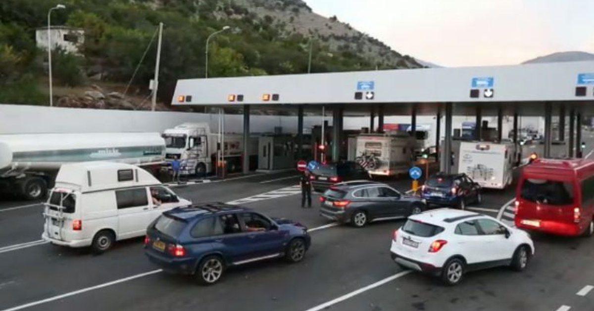 Shqipëria kaloi limitin e personave aktivë  Mali i Zi mbyll kufirin